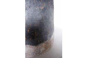 Urne mit blauem Steinputz