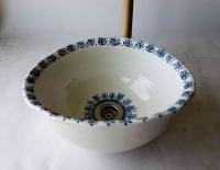 Ovales Waschbecken / weiß-blau/ Ø 29,5/24 cm Höhe 12 cm